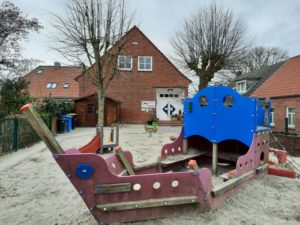 "Kindergarten Uttum ""kleine Häuptlingsburg"""