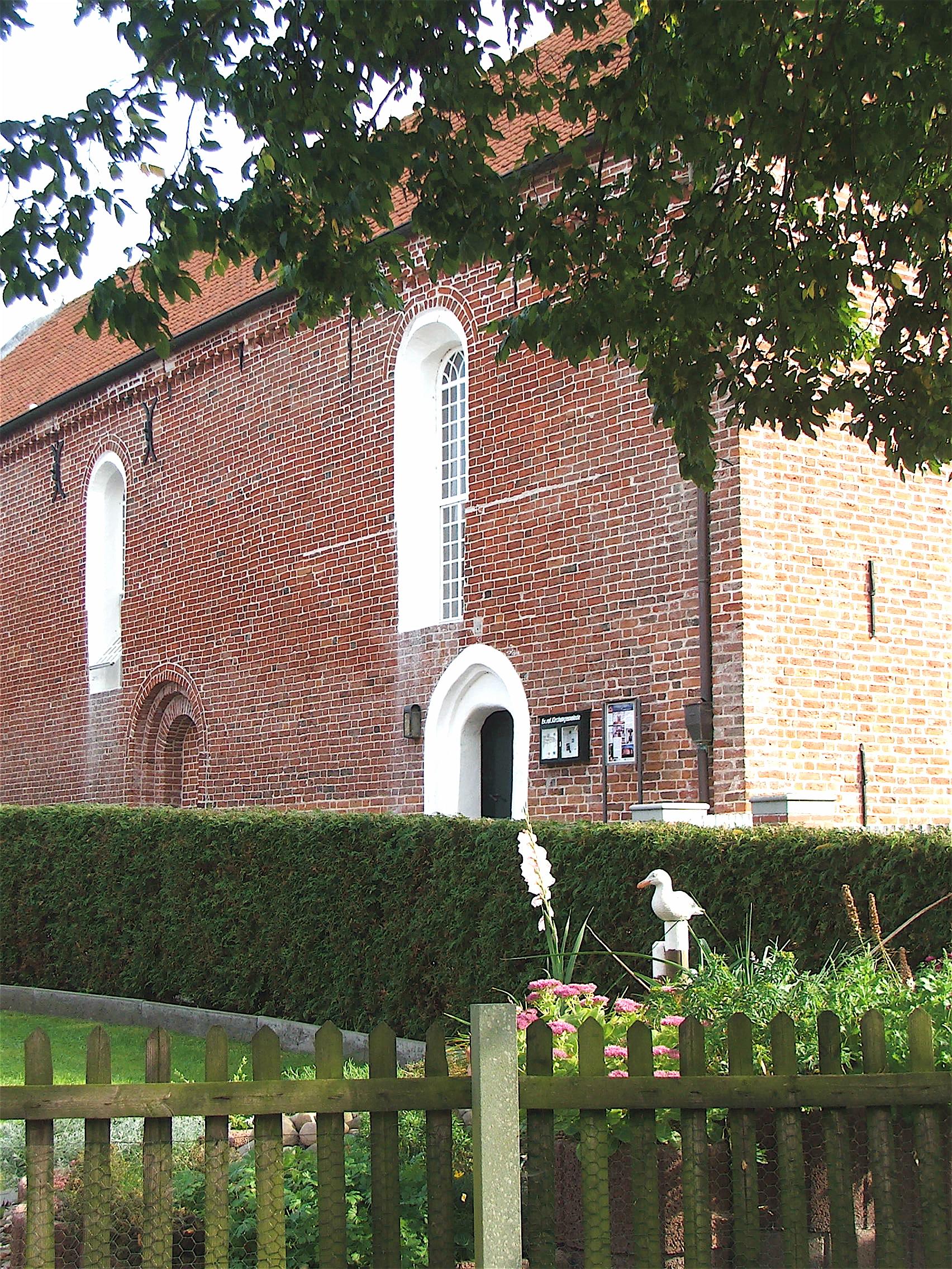 Canumer Kirche