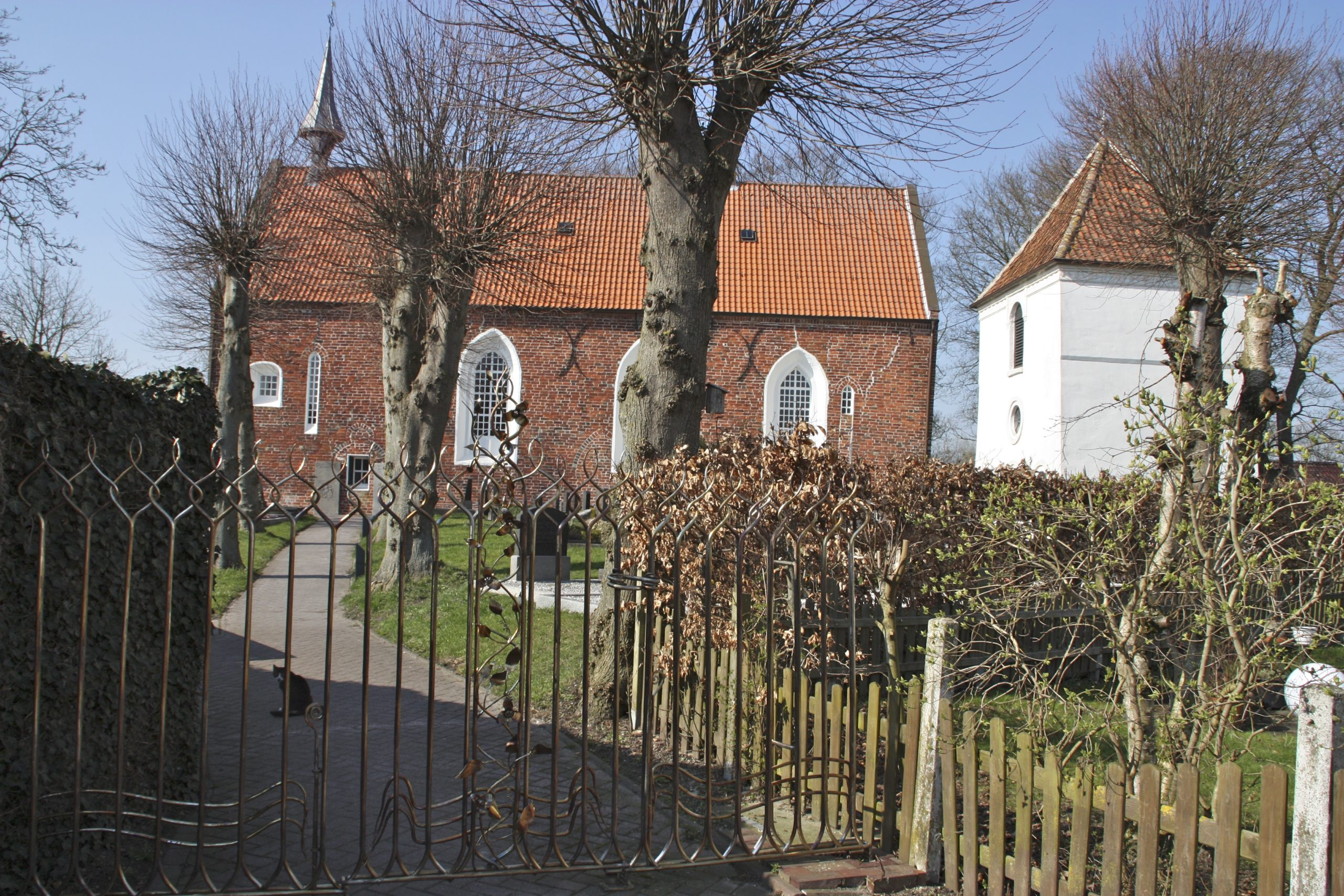 Uplewarder Kirche